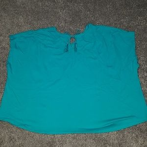 ellos Tops - Sleeveless teal shirt with tassels